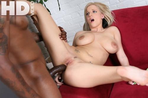 Real lesbian homemade threesome dike porn